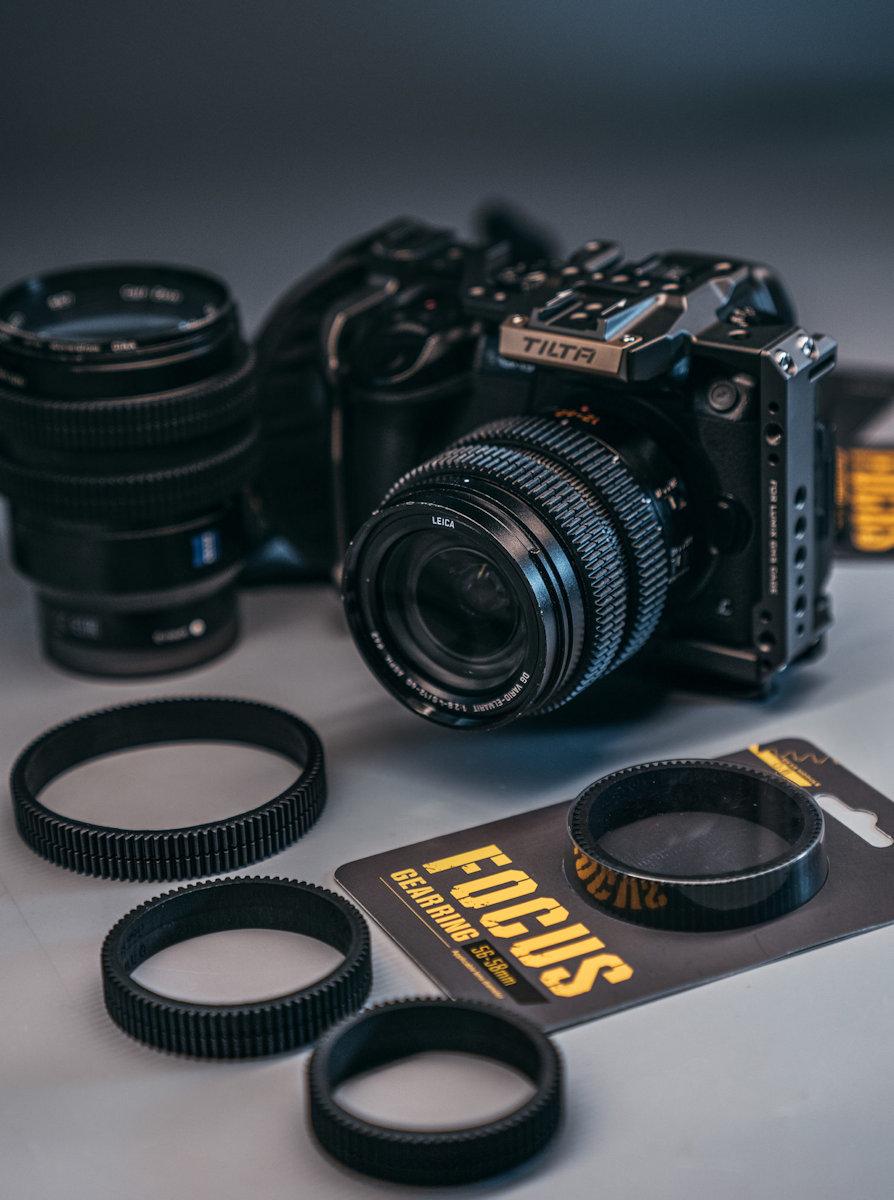 seamless focus gear ring on leica lens
